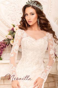 Konstancia - wedding dress by Neonilla brand