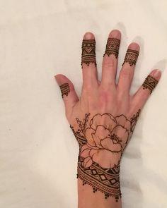 Peony Rose Mehndi by Henna Soul Norfolk Henna Designs Arm, Mehndi Designs Finger, Unique Mehndi Designs, Mehndi Designs For Fingers, Mehndi Design Images, Beautiful Henna Designs, Latest Mehndi Designs, Henna Tattoo Designs, Henna Tutorial