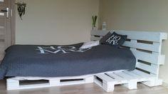Łóżko z palet - zrób to sam. DIY