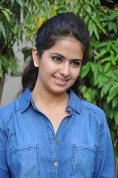 Beautiful Girl Indian, Most Beautiful Indian Actress, Beautiful Women, Indian Tv Actress, Indian Actresses, Sonakshi Sinha Saree, Photos Of Priyanka Chopra, Tamil Girls, Actress Navel