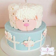Fluffy Sheep & Fence Cake