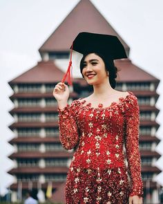 Thank you for my graduation on April My parents are extremely proud of me. I am facing the new chapter of my life with a heart full of hopes and excitement ❤ Kebaya Modern Hijab, Model Kebaya Modern, Kebaya Hijab, Kebaya Muslim, Kebaya Lace, Kebaya Dress, Dress Brokat, Kebaya Brokat, Beanie Boos