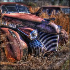 Explore super*dave's photos on Flickr. super*dave has uploaded 1731 photos to Flickr. Abandoned Cars, Abandoned Places, Abandoned Vehicles, Vintage Trucks, Old Trucks, Classic Chevy Trucks, Classic Cars, Cadillac, Pompe A Essence