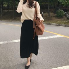 34 look good casual chic spring outfits 19 Modest Outfits, Modest Fashion, Trendy Outfits, Fashion Outfits, Dress Fashion, Normcore Fashion, Hijab Fashion, Fashion Ideas, Korean Fashion Trends