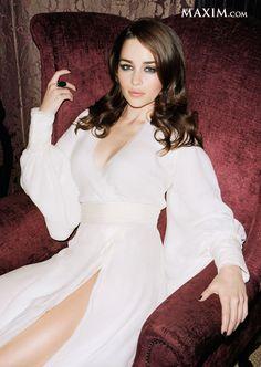 DRACARYS! Emilia Clarke made @Maxim Magazine's #MaximHot100 list.  #gameofthrones #targaryenpride