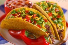 ai que água  na boca ... uhum Time To Eat, Tacos, Mousse, Ethnic Recipes, Food, Cake Roll Recipes, Ovaltine, Glutenfree, Recipes