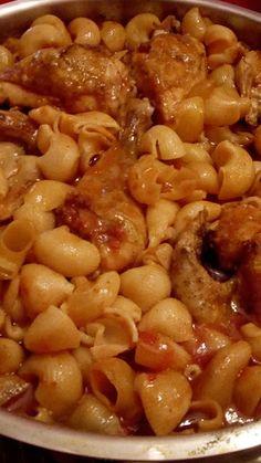 Κοτόπουλο με κοχυλάκια φούρνου !!! ~ ΜΑΓΕΙΡΙΚΗ ΚΑΙ ΣΥΝΤΑΓΕΣ 2 Turkey Recipes, Chicken Recipes, Cookbook Recipes, Cooking Recipes, Roast Chicken, Black Eyed Peas, Greek Recipes, Allrecipes, Macaroni And Cheese