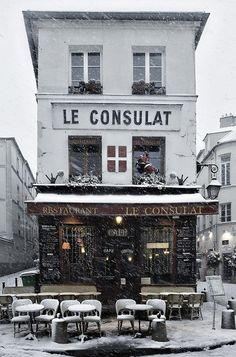 Montmartre under the snow. Paris