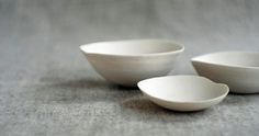 Exploring the Japanese aesthetic of Wabi-Sabi, and how we need it now more than ever. Ceramic Tableware, Ceramic Clay, Ceramic Bowls, Ceramic Pottery, Organic Ceramics, Modern Ceramics, White Ceramics, Contemporary Ceramics, Throwing Clay