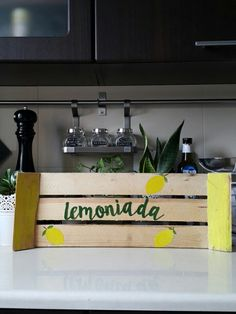 Wood decoration lemon lemonade diy home party