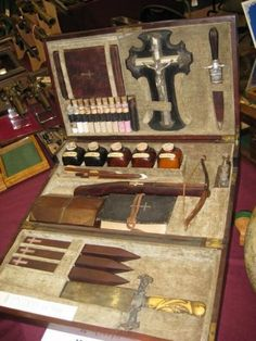 OFFICIAL VAMPIRE KILLING KIT - ALL THE TOOLS - WOODEN STAKES - SILVER CROSS - BIBLE - POTIONS!  -