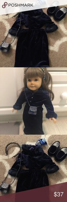 American girl Christmas holiday outfit Includes skirt, top, headband, purse, shoes, and gift box with compact inside- no doll american girl company  Other
