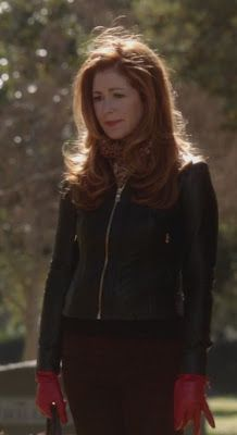 dr megan hunt (body of proof)'s Tory Burch Emmy leather jacket