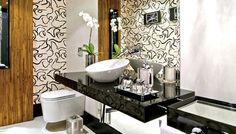 decoracao de banheiro preto e branco