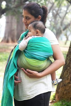 Prism 'Fresh' - 100% Handwoven Cotton Wrap Conversion Ring Sling #soulslings #ringsling #handwoven #cotton #wrapconversion #soulprisms #babywearing #madeinindia