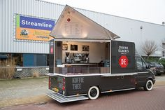 Bekijk de mooiste Food Trucks en Food Trailers in onze gallery  #foodtruck #foodvan #streetfood