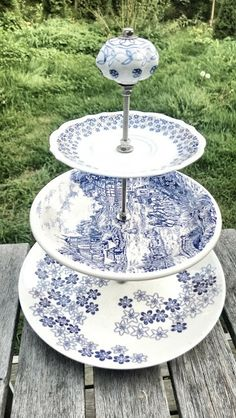 Three part recycled porcelain tray