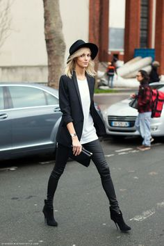Shop this look on Lookastic:  http://lookastic.com/women/looks/hat-crew-neck-t-shirt-blazer-watch-clutch-skinny-pants-ankle-boots/7753  — Black Wool Hat  — White Crew-neck T-shirt  — Black Blazer  — Black Watch  — Black Leather Clutch  — Black Leather Skinny Pants  — Black Suede Ankle Boots