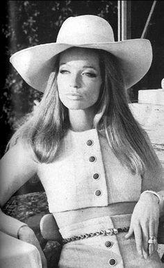 Veruschka by Franco Rubartelli, Vogue 1969