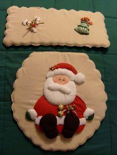 Marcela Rodríguez Accesorios: Navidad - Juegos de Baño                                                                                                                                                      Más Felt Christmas Decorations, Christmas Cookies, Christmas Diy, Holiday Decor, Christmas Bathroom Sets, Diy And Crafts, Christmas Crafts, Holidays And Events, Merry