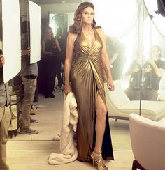Stars react to the unveiling of Caitlyn Jenner-On June 1, 2015, Bruce Jenner introduced Caitlyn Jenner to the world in the new issue of Vanity Fair. Not only did Bruce mark this beautiful day with the unveiling of her true self, the usually social media shy