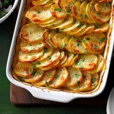 25 Christmas Casserole Recipes to Make in Your 13×9 Pan Lamb Recipes, Dinner Recipes, Cooking Recipes, Cooking Tips, Steak Recipes, Pie Recipes, Healthy Cooking, Healthy Recipes, Christmas Casserole