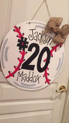 55 ideas for baseball door hangers yellow Baseball Birthday, Baseball Party, Baseball Season, Baseball Tips, Baseball Crafts, Baseball Mom, Football Moms, Baseball Girlfriend, Rangers Baseball