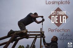 La simplicité est l'habit de la perfection Wladimir Wolf Gozin #citation #scout #photo