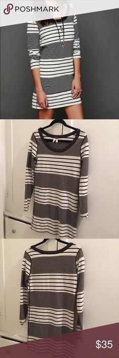 """FP Striped Bodycon Dress This dress is so simple, so easy and it still makes a statement. It's loose bodycon shape makes it super comfortable and versatile. Cute bare legged with tights or over skinnies as a tunic. *32 1/2"""" in length. 16 1/2"""" in width. Never worn, in great condition! Free People Dresses Mini"""