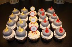 Curling Rocks Cupcakes Set via CrazyCupcakes2011.CanadianLiving.Com