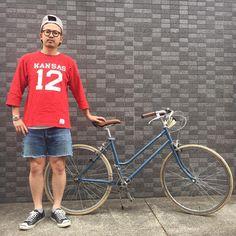 いいね!164件、コメント5件 ― genkiさん(@genki_125)のInstagramアカウント: 「#今日のNAKAZAWA . 今日はめっちゃ暖かいのでこんな感じの服装でもイケますね♂️♂️ 自転車でお出掛けしてきまーす #tokyobike . . football T-shirt…」