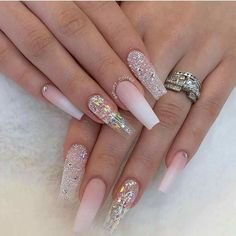 Bling Acrylic Nails, White Acrylic Nails, Summer Acrylic Nails, Glam Nails, Best Acrylic Nails, My Nails, Stiletto Nails Glitter, Shiny Nails, Summer Nails