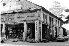 GayaStreetOld-blog.jpg (800×543)