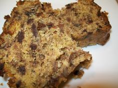 A great way to make banana bread using a Yellow Cake Mix as one of the main ingredient.   End result is moist and tasty.