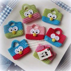 Amimammie: Trakteren Toot-A-Hoot Crochet Owls, Crochet Gifts, Crochet For Kids, Crochet Flowers, Crochet Baby, Knit Crochet, Crochet Patterns, Crochet Keychain, Craft Show Ideas