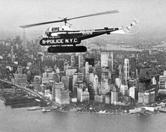 Vintage: In 1948 NYPD was the first police department to use Helicoptors Police Vehicles, Emergency Vehicles, Sirens, Radios, Old Police Cars, New York Police, New Amsterdam, Law Enforcement Officer, Back In The Day