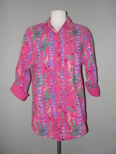 Vintage Clothing Stores, Printed Shirts, Vintage Outfits, Tunic Tops, My Style, Blouse, Amazing, Clothes, Women