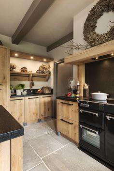 Rustic Italian Home Farmhouse Style Kitchen, Modern Farmhouse Kitchens, Rustic Kitchen, Home Kitchens, Grey Kitchens, Küchen Design, House Design, Blog Design, Italian Home
