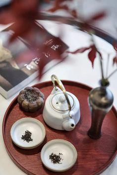 中式空間 | 東方風骨,禪意綿延 - 雪花新聞 New Chinese, Chinese Tea, Chinese Style, Cafe Interior, Interior Styling, Tea Art, Chinese Restaurant, Tea Ceremony, Tea Time