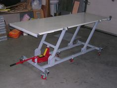 Motorcycle Lift Table, Bike Lift, Motorcycle Garage, Welding Cart, Welding Shop, Welding Table, Metal Projects, Welding Projects, Furniture Projects