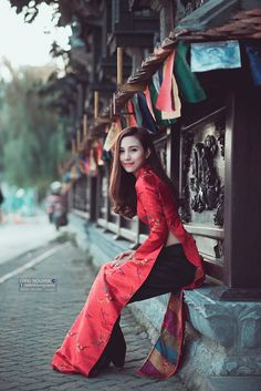 Vietnamese Traditional Dress, Vietnamese Dress, Traditional Dresses, Asian Woman, Asian Girl, Asian Ladies, Ao Dai, Lingerie Models, Modern Fashion