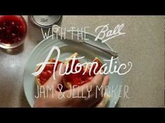 Make Fresh Berry Jam With The Ball Automatic Jam & Jelly Maker.This looks interesting, makes jelly in 30 minutes Pear Smoothie, Fruit Smoothie Recipes, Strawberry Smoothie, Jelly Maker, Jam Maker, Jam And Jelly, Home Canning, Ball Jars, Sugar Cravings