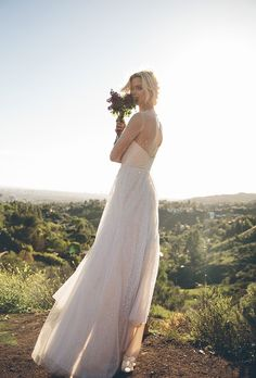 Floravere: Finally, A Direct-to-Consumer Online Bridal Boutique | StyleCaster