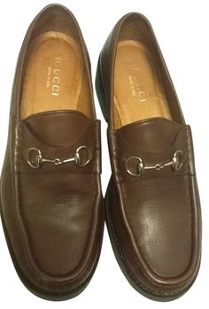 Gucci Brown Women Leather Silver Horsebit Loafers 10.5 B Italy Flats. Get the must-have flats of this season! These Gucci Brown Women Leather Silver Horsebit Loafers 10.5 B Italy Flats are a top 10 member favorite on Tradesy. Save on yours before they're sold out!
