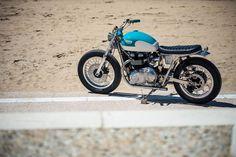 "Triumph Brat Style ""Sunrising"" - Fcr Original #motorcycles #bratstyle #motos | caferacerpasion.com"