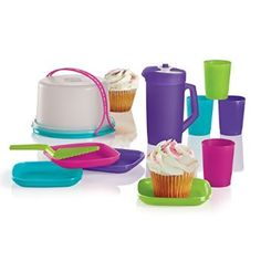 KIDS' 11-PC. MINI PARTY SET A perfect set for little ones to host their own mini party! Includes 9-oz./250 mL pitcher four 2-oz./60 mL tumblers four plates server and mini Cake Taker with domed seal and Cariolier handle Recommended for ages three and older Dishwasher safe Limited Lifetime Warranty http://christyhooper.my.tupperware.com/
