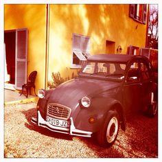 2CV under the sun light! #Citroen #2CV #Car #Sunny