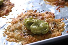 Parmesan Crisps with Guac is the Easiest Snack You'll Ever Make http://www.cheeserank.com/culture/parmesan-crisps-recipe-guacamole/