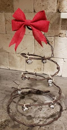 Easy Christmas Ornaments, Christmas Window Decorations, Handmade Christmas, Christmas Crafts, Christmas Tree, Xmas, Barbed Wire Decor, Barbed Wire Wreath, Barb Wire Crafts
