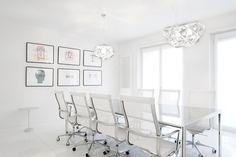Sala de reuniones con Una Chair de ICF, conoce todas sus posibilidades para la #decoración de tu oficina